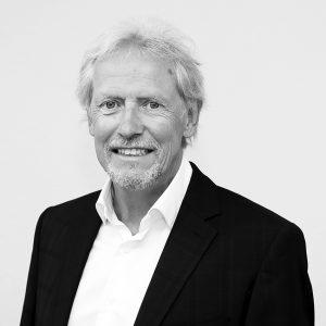 Dr. Martin Steinau
